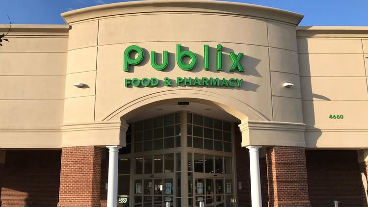 The+new+Publix+takes+over+in+Monticello+attracting+hundreds+of+customers.