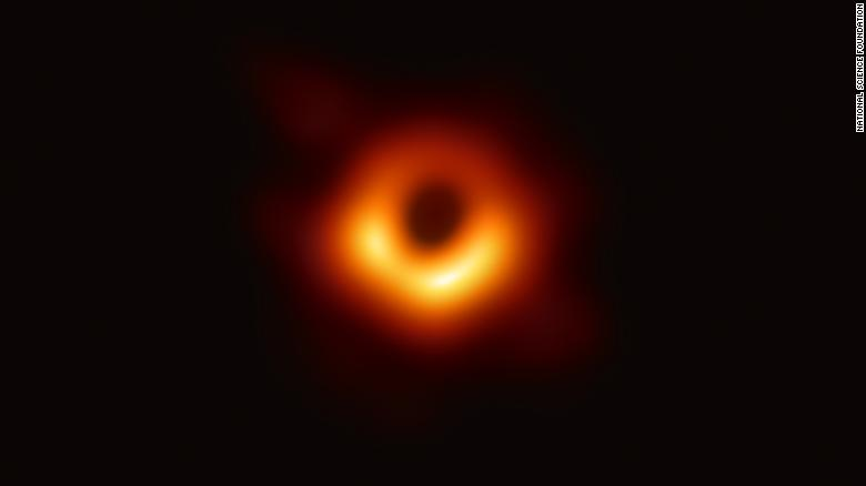 The+first%2C+direct+image+of+the+black+hole.