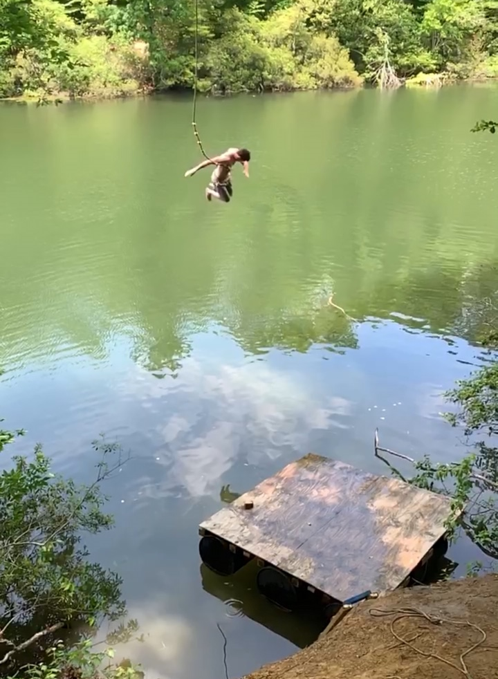 Just down the road from campus is Lake Matoaka. Sitting near the lake is an Amphitheater and a trail leading to a rope swing. The humidity and heat can get exhausting so cooling off by swinging into the water with a splash is the perfect way to be rejuvenated.