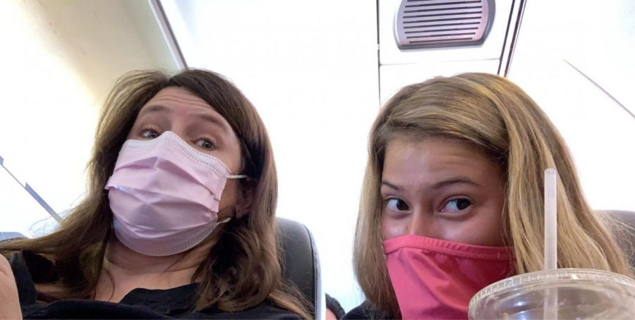 Rylee+Vinson%2C+a+senior+at+Lafayette+High+School%2C+traveled+during+the+pandemic+this+summer.+While+on+the+plane%2C+she+was+required+to+wear+a+face+mask+at+all+times+to+protect+herself+and+others+from+the+virus.