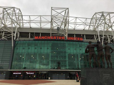 England Allows Fans Into Football Matches Again